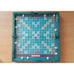 scrabble travel podróżne plansza